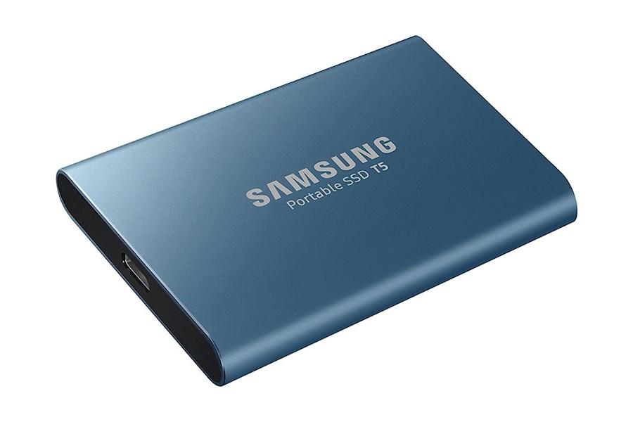Rent Samsung T5 500GB from Hillewaert, Steije