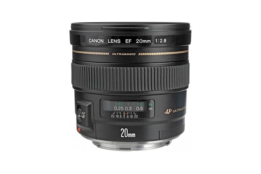 Huur Canon EF 20mm F2.8 van Ferdnand