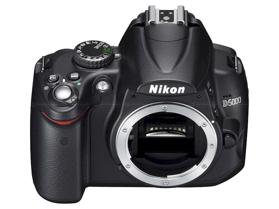 Rent a Nikon D5000 in Papenhoven from V.O.F. CAMERA SERVICE LIMBURG