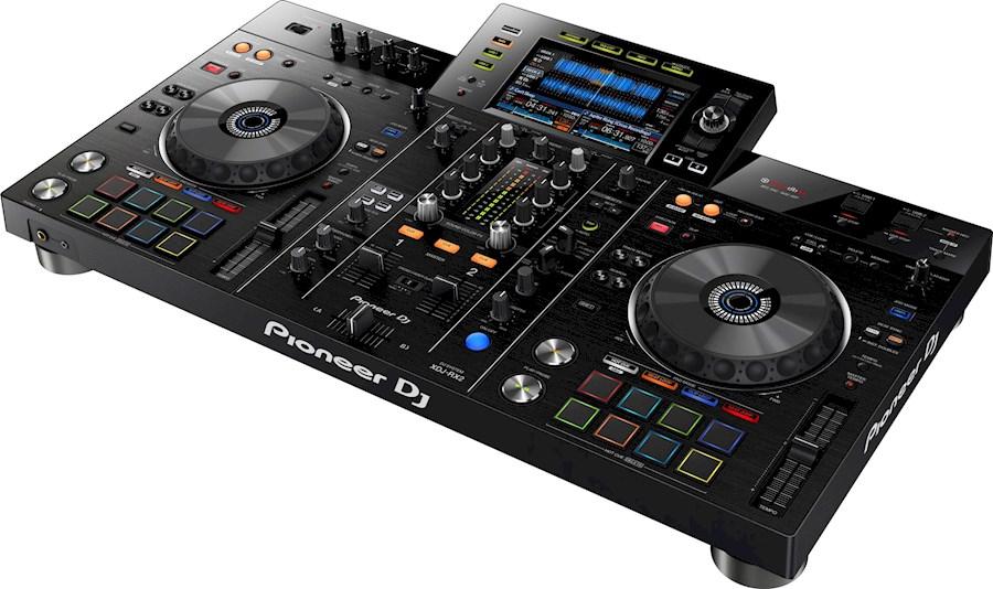 Rent a Pioneer DJ XDJ-RX2 in Delft from Max