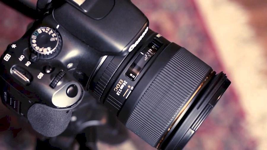 Rent Canon 20mm + Sigma MC11 from Hillewaert, Steije