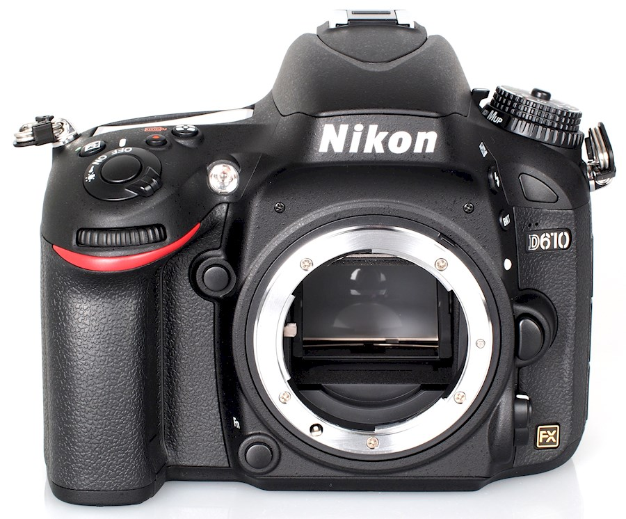 Rent a Nikon D610 DSLR full frame camera in Krimpen aan den IJssel from Frits