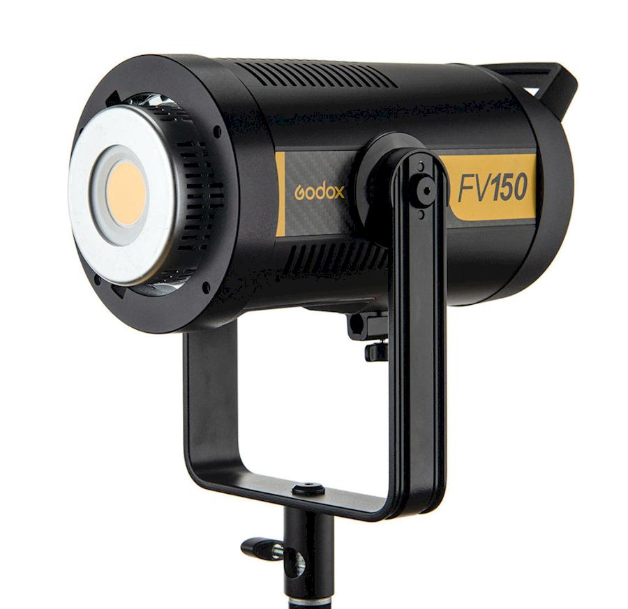 Rent GODOX  FV150 videolamp... from Joris