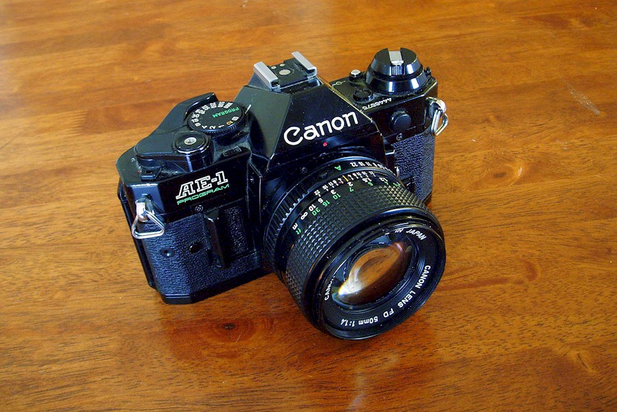 Rent a canon ae-1 program in Antwerpen from Afra