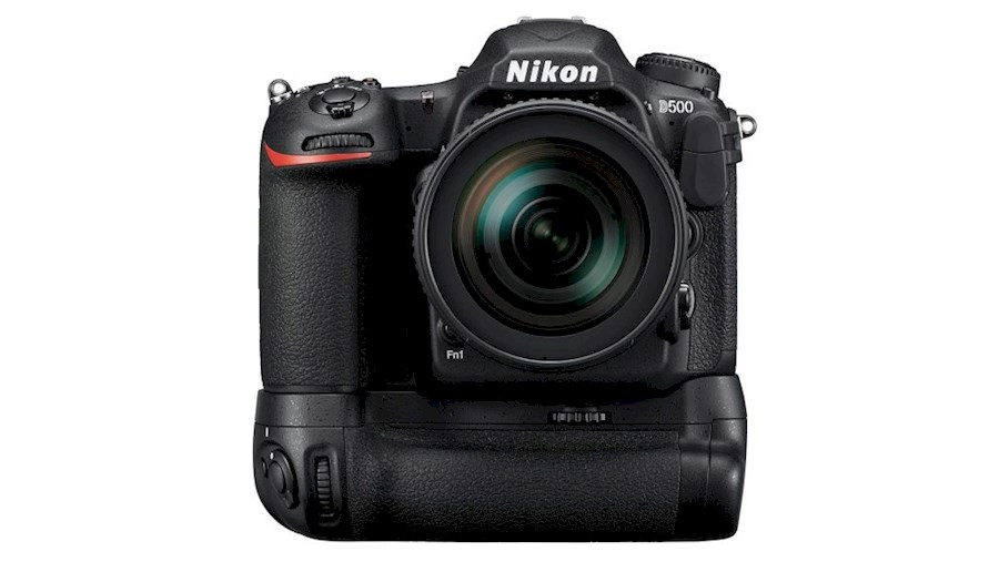 Rent a Nikon D500 body + MB-D17 grip + 3x EN-EL15a in Zwaag from Frank