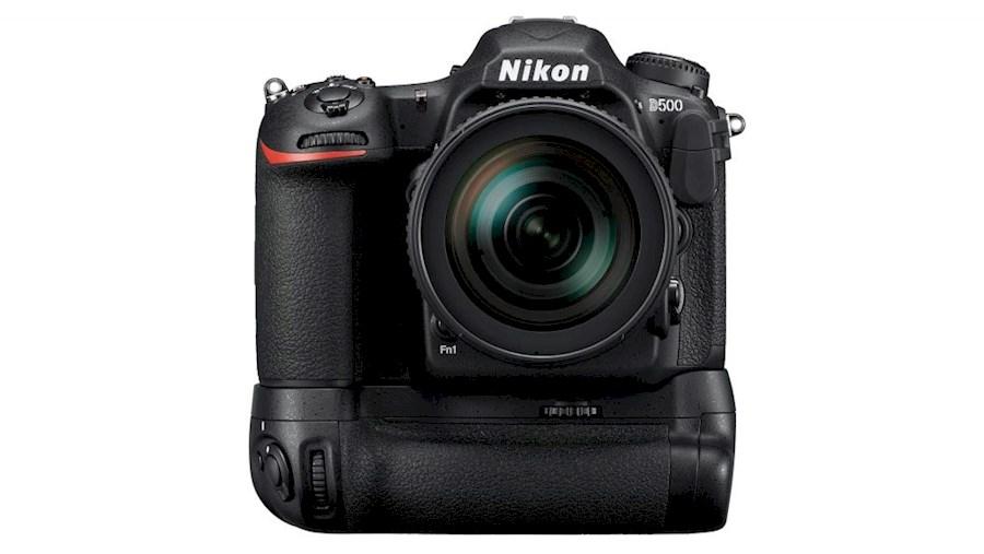 Rent Nikon D500 body + MB-D... from Frank