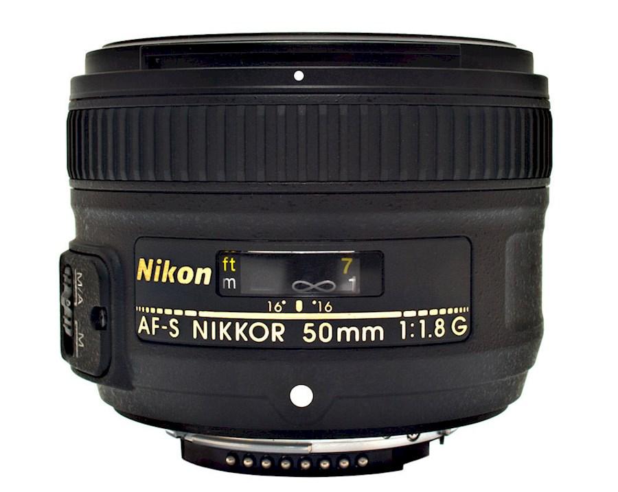Rent Nikkor AF-S 50mm f/1.8 G from Julian
