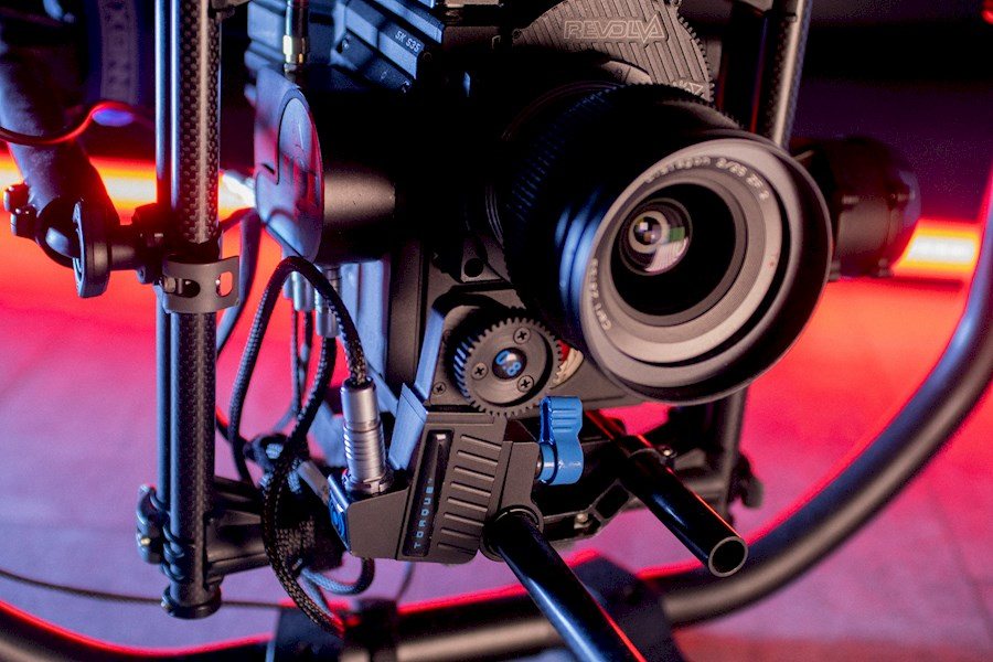Rent a RED Gemini op Movi Pro met focus in Rotterdam from POINT PICTURES