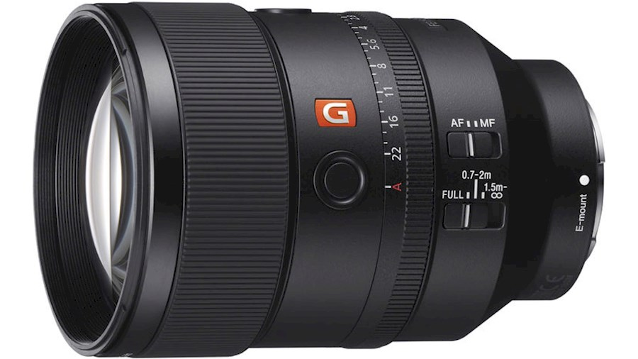 Rent Sony 135 mm GM from Alexandre