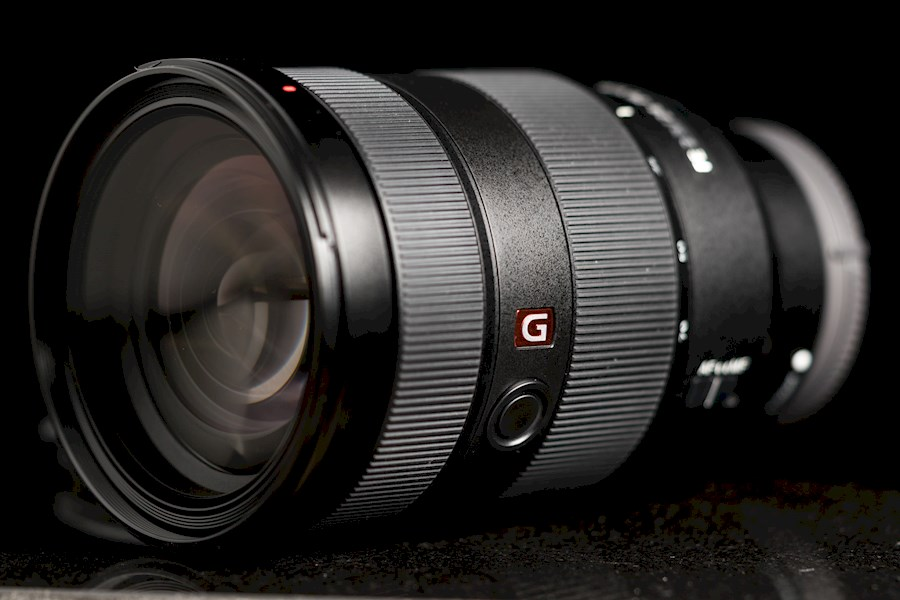 Rent Sony 24-70 mm G master from Lennard