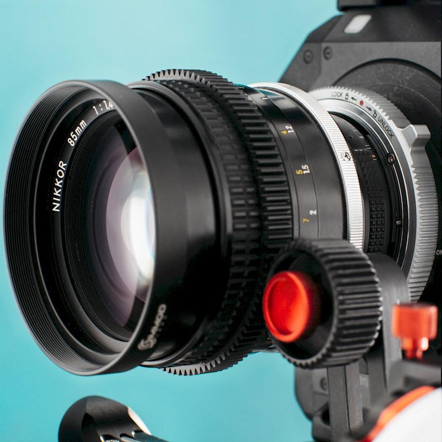 Huur een Vintage Nikkor set (EF MOUNT) modded 6pcs | 15mm/F3.5, 24mm/F2, 35mm/F2, 50mm/F1.2, 85mm/F1.4 135mm/F2.8 in Amersfoort van Lars