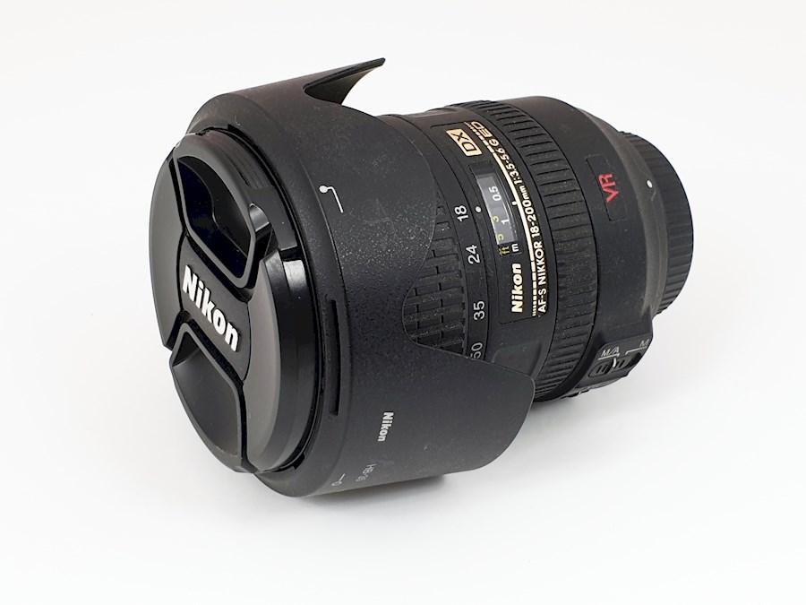 Huur Nikon AF-S 18-200mm f/... van Huib