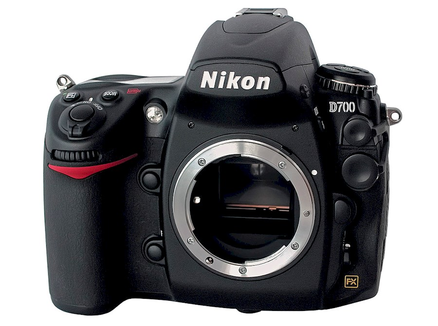 Rent a Nikon D700 in Bilzen from Tom