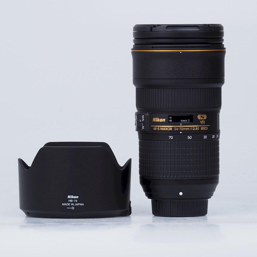 Huur Nikon 24-70 mm 2:8 ED ... van Nam