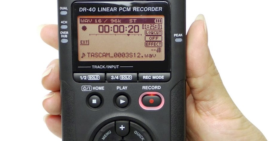 Rent Tascam DR40 from Corentin