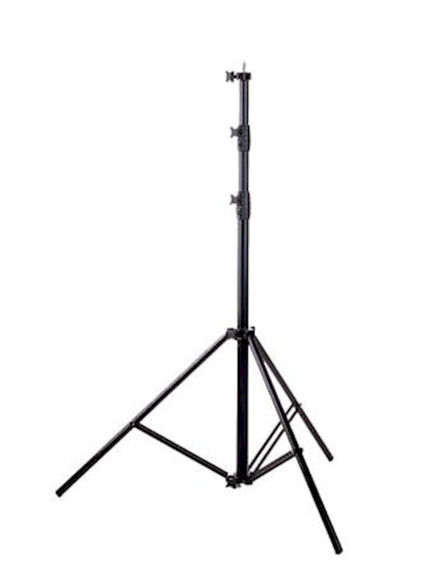 Rent Tripod Falcon Eyes lamp from CAT'CHY IMAGES