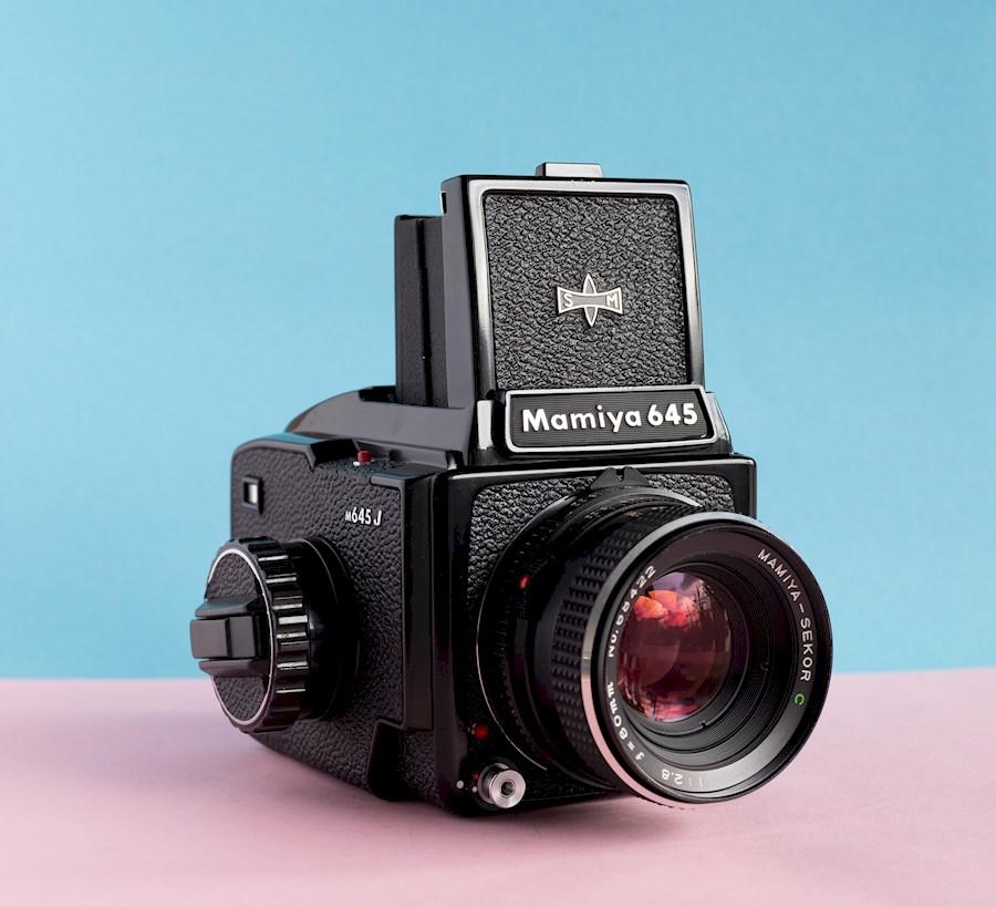 Rent a Mamiya M645J + Sekor 80mm 2.8  Lens Analoge  Medium Format Camera (Geen Pentax 6x7 67 RB67 RZ67) in Utrecht from Tim