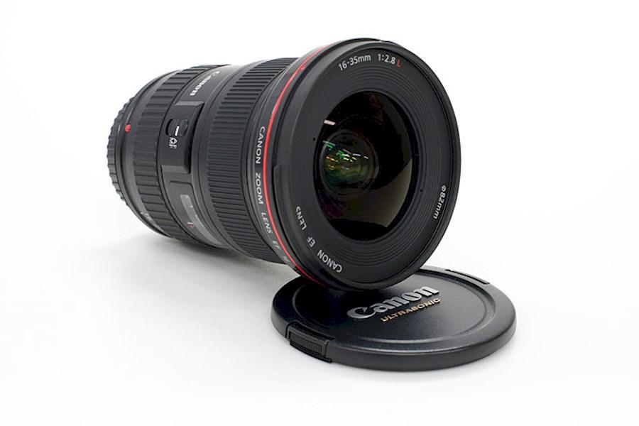 Huur Canon 16-35mm f/2.8 L ... van Denis