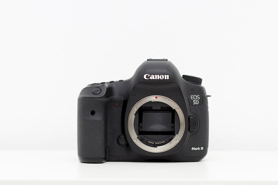 Rent Canon 5D Mark III Dslr... from Ionel