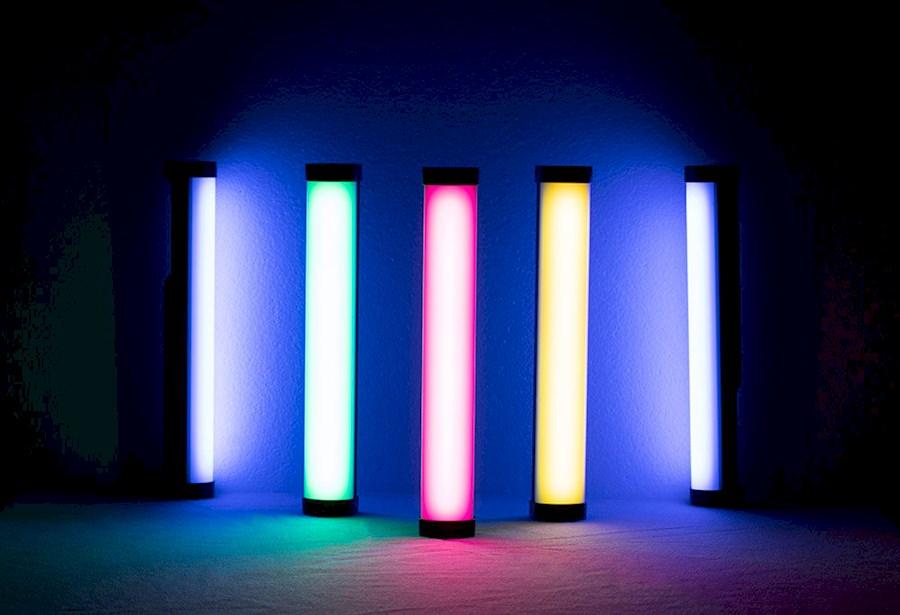 Louez NANLITE PAVO LED TUBE RGB de Erwin