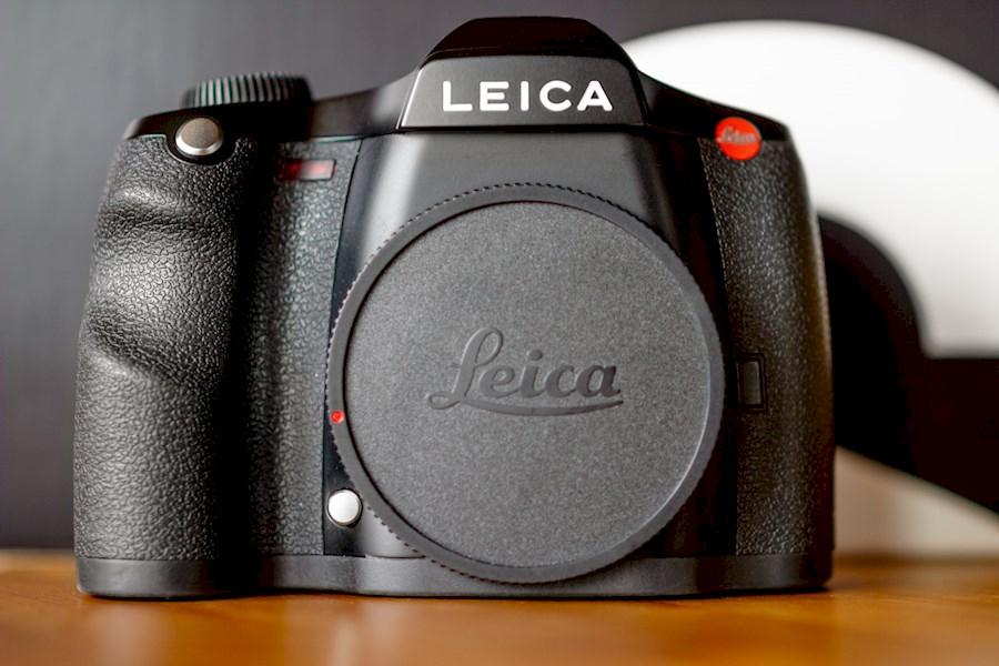 Rent Leica S2 Medium Format... from Johan