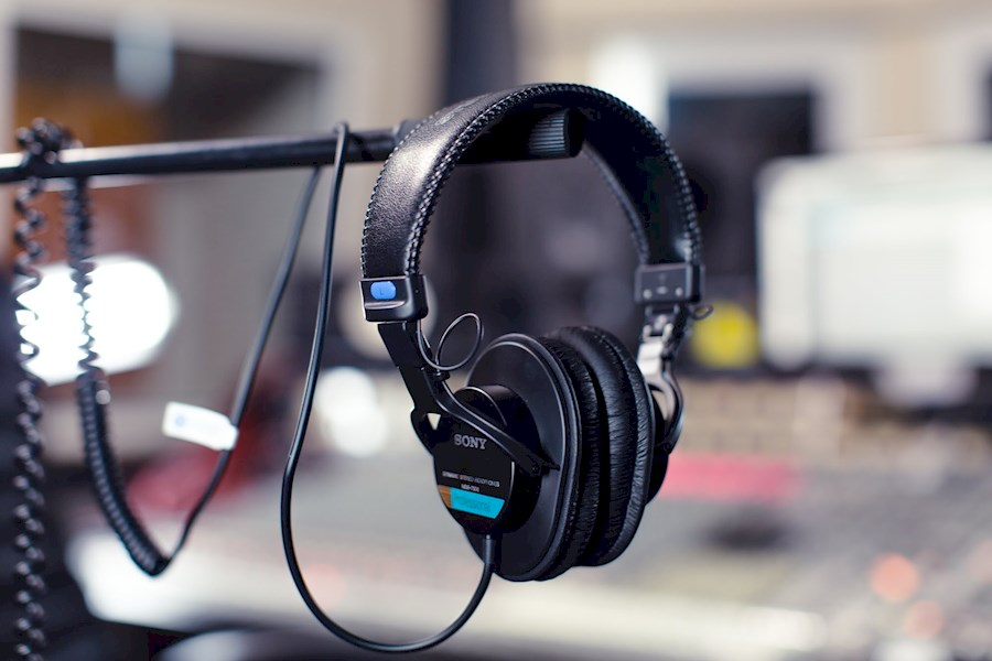 Rent Sony MDR-7506 from Cypers, Wouter